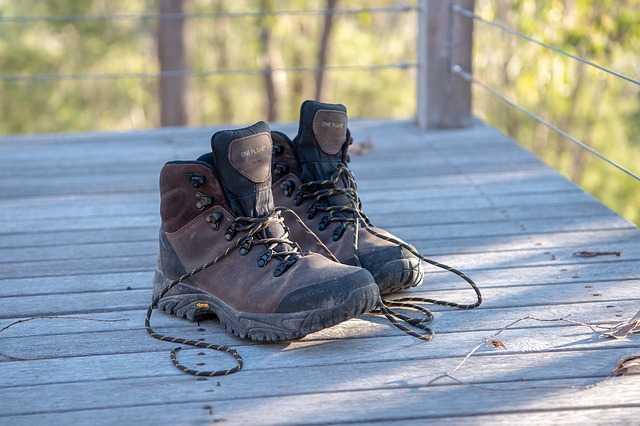 TOP 10 Best Hiking Boots Under $100 for Men & Women [2020 Updated]