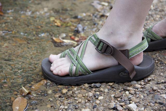 Best Hiking Sandals: TOP 10 Hiking Sandals for Men & Women [2020]