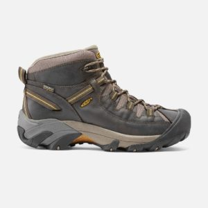 best wide hiking shoes